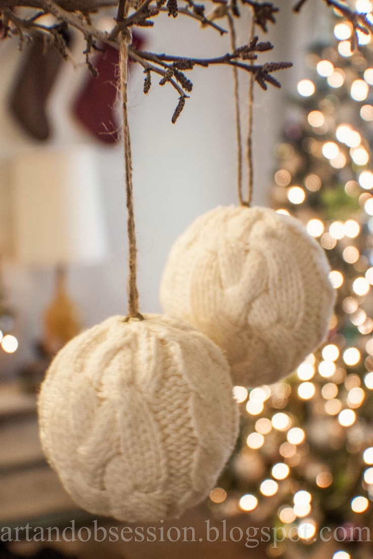 Greatest 11 DIY Ideas to Reuse Your Old Sweaters For Christmas Decorations  QH83