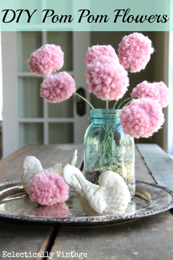 diy pom pom decorations diy pom pom flowers1