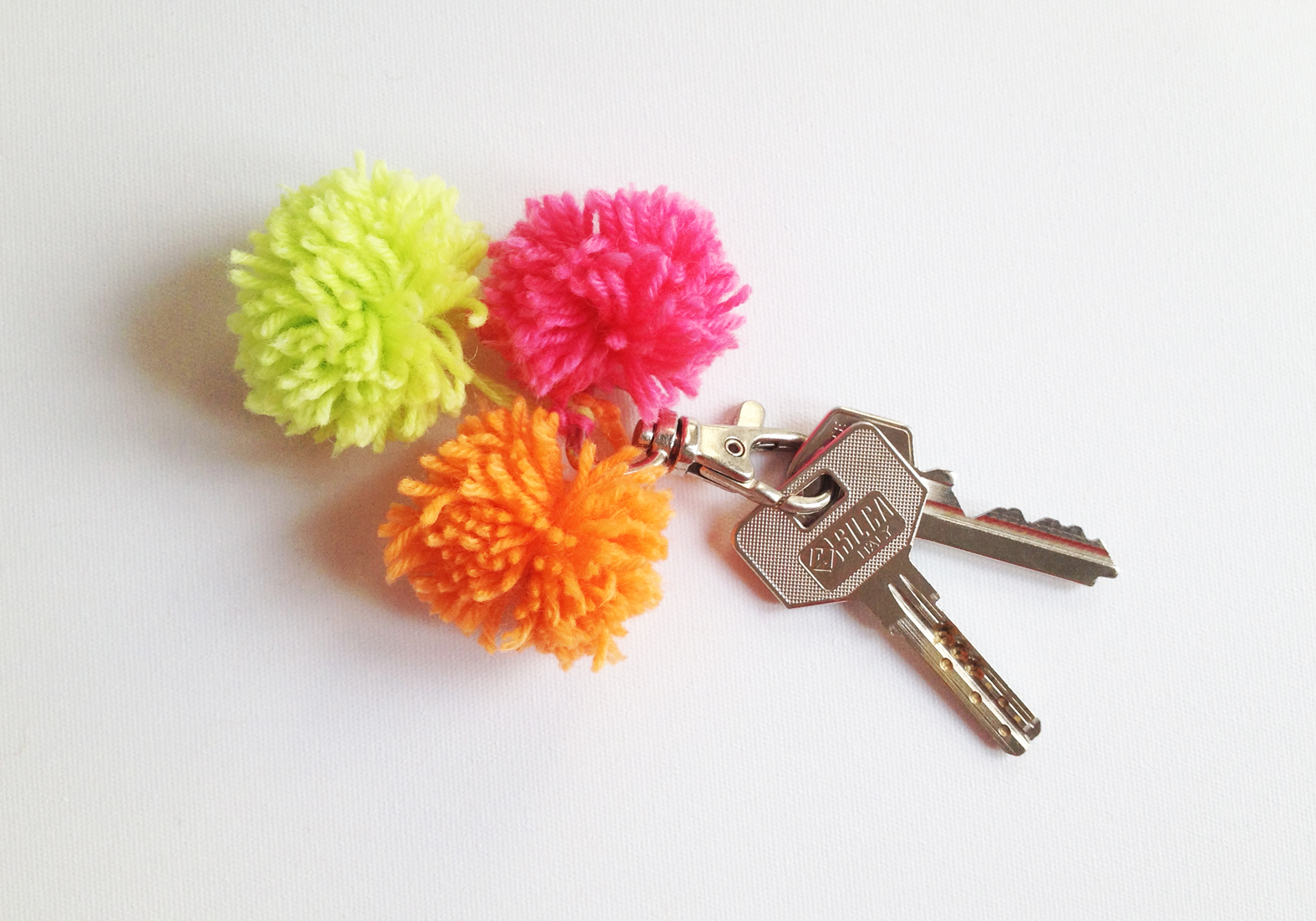 diy pom pom decorations diy pom pom keys