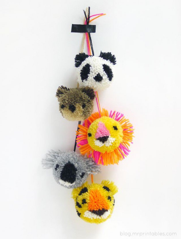 diy pom pom decorations diy pom pom toys1