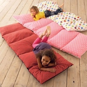 DIY Body Pillow Sew Five Cases Together To Create This One Easy Diy Projects And Crafts For Home Decor Gifts23