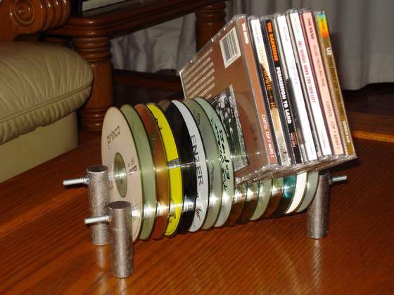 9 diy super exciting ideas to recycle old cds and dvds for Homemade rack case