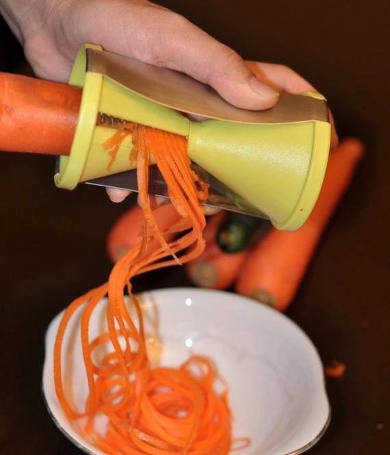best kitchen gadgets under 25
