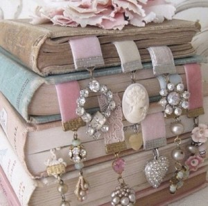 Creative DIY Bookmarks Ideas
