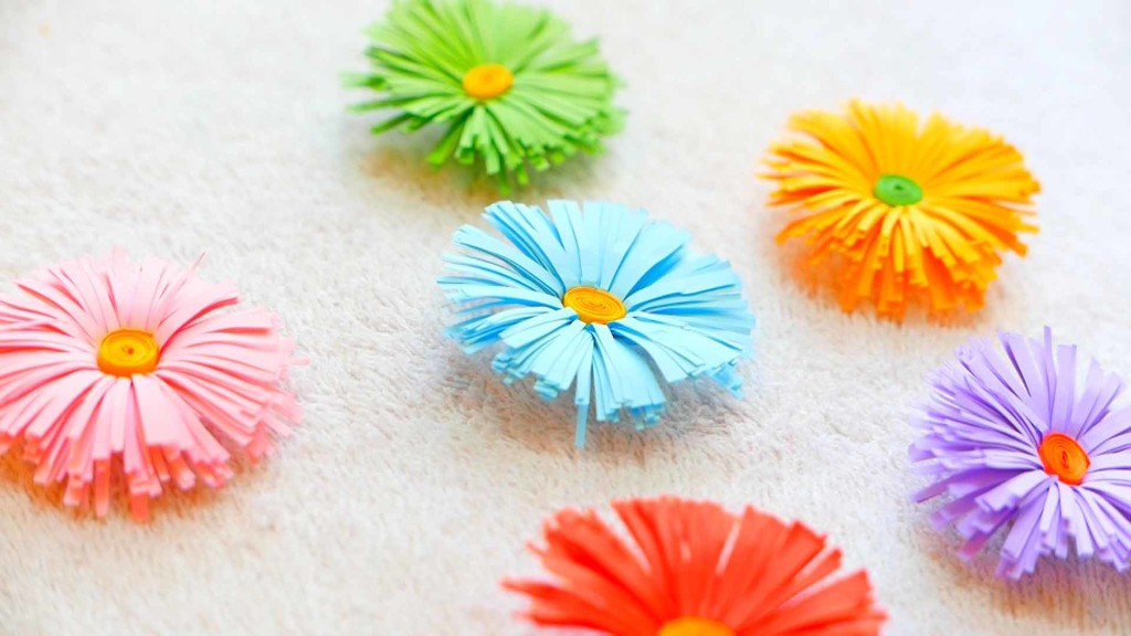 17 stunning how to make paper flowers tutorials sad to happy project diy paper flowers mightylinksfo