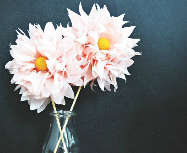 17 stunning how to make paper flowers tutorials sad to happy project how to make paper flowers mightylinksfo