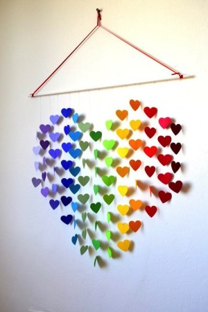19 Stunning Heart Shaped DIY Wall Decor For Valentines Days