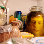How To Do The Head In The Jar Prank : DIY Halloween Decorations