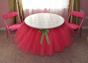 No Sew DIY Tutu Table Skirt : Adorable DIY Room Decor Idea For Your Baby Girl