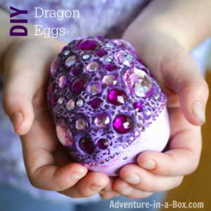 How to Make Fantasy Dragon Eggs : Unique DIY Easter Crafts