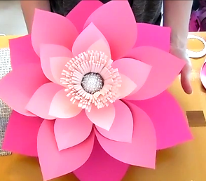How to make giant paper flowers step by step tutorial sad to how to make paper flowers diy craft project mightylinksfo