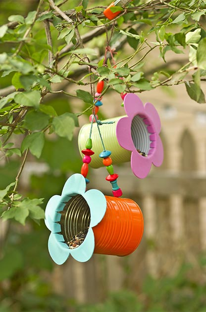 Tin-Can-Flower-DIY-Bird-Feeders