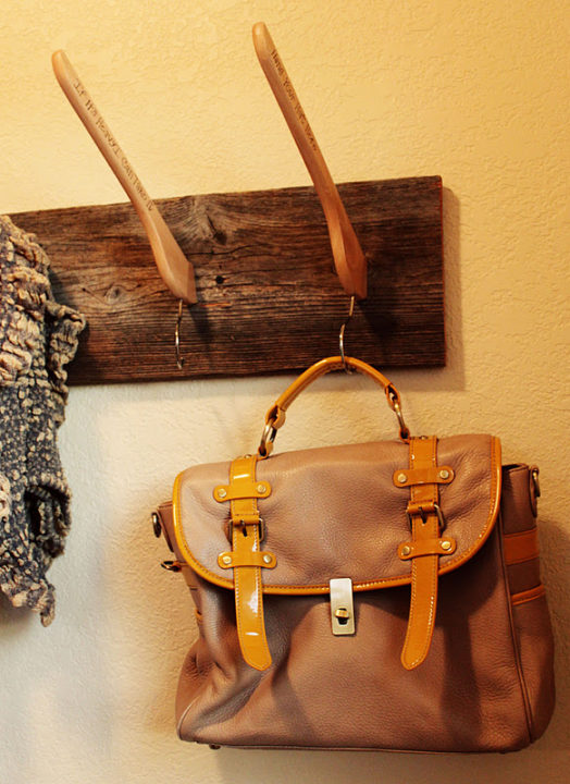 8 DIY Craft Ideas To Repurpose Old Used Hangers : Best Out Of Waste
